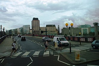 Lambeth - Image: Lambeth Bridge, SW1 geograph.org.uk 911013