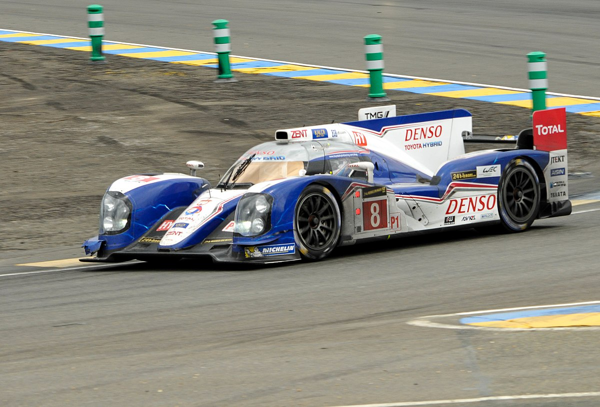 Toyota ts030 hybrid wikipedia for Garage automobile le mans