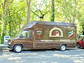 Le Tholonet-FR-13-centre-camion à pizza-01.jpg
