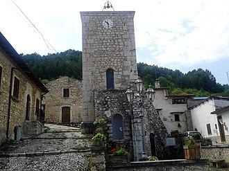 Lecce nei Marsi - Tower of the church of S. Martino in Agne.