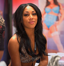 Leilani Leeanne at AVN Adult Entertainment Expo 2012 1.jpg