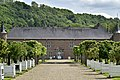 Les orangers et le château (29715242260).jpg