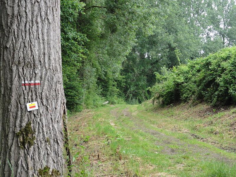 Leury (Aisne) le GR 12 passe à Leury