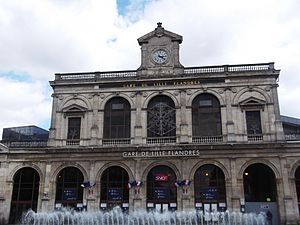 Lille Flandres station building.JPG