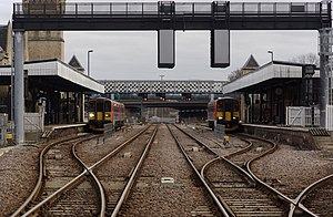 Lincoln Central railway station - Image: Lincoln Central railway station MMB 12 153308 153357
