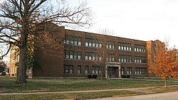 Lincoln Park School in Greenfield, southwestern angle.jpg
