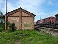 Locomotiva de comboio parado sentido Boa Vista no pátio da Estação Pimenta em Indaiatuba - Variante Boa Vista-Guaianã km 218 - panoramio (7).jpg
