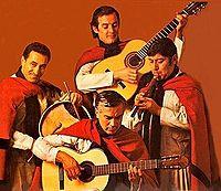 Los Fronterizos - Album 25 años - 1979 - Madeo (izq) - Moreno (abajo) - Lopez (dcha).jpg