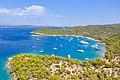Luftbild vom nördlichen Teil der Insel Spetses in Griechenland (48760261107).jpg