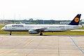 Lufthansa, D-AISE, Airbus A321-231 (16456005192).jpg