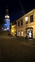 Město Žďár - Havlíčkovo náměstí s kostelem sv. Prokopa v noci (2).jpg