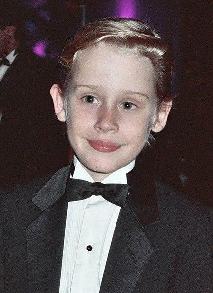 File:Macaulay Culkin 1991 B.jpg - Wikimedia Commons