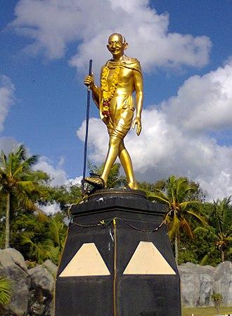 Mahatma Gandhi Park - Mahatma Gandhi statue inside the park.