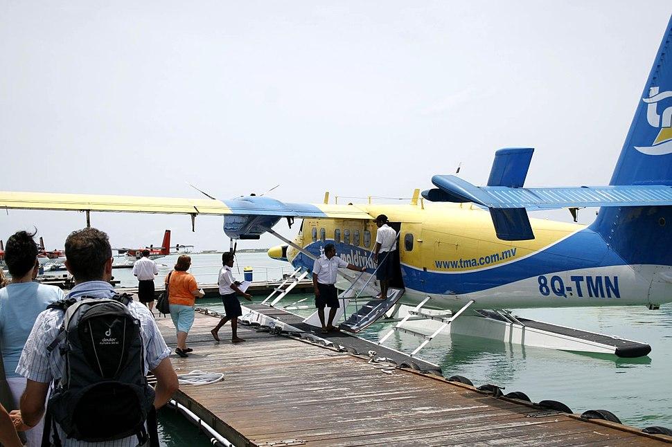 Maledivian air-taxi