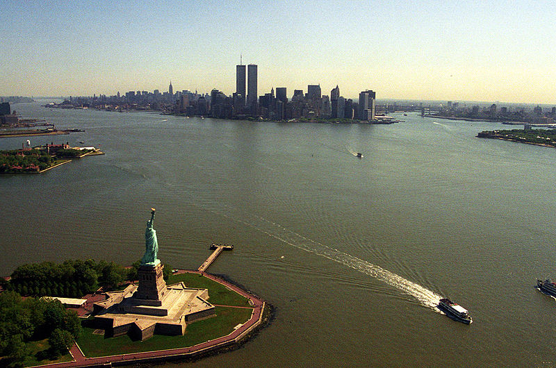 Dosya:Manhattan from helicopter.jpg