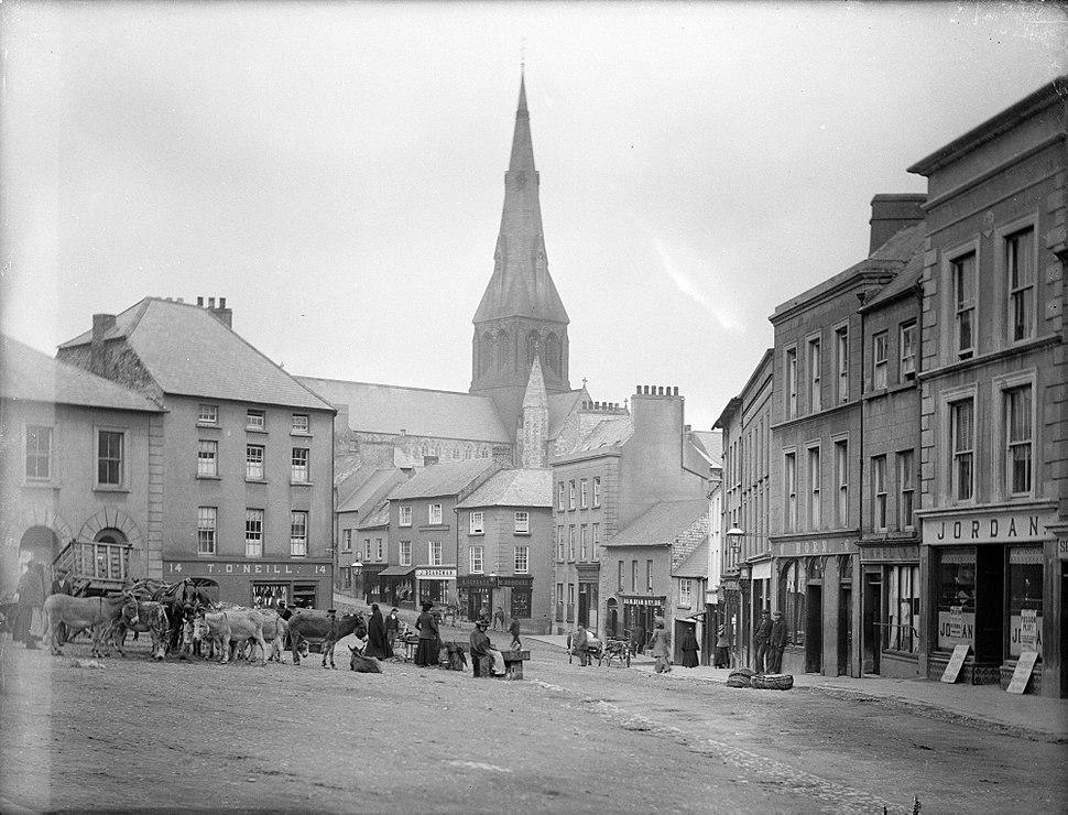 Market Square, Enniscorthy (10866693235)