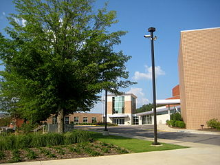 Mountain Brook High School Public school in Mountain Brook, Alabama, United States