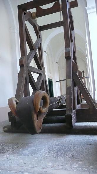 Battering ram - Medieval battering ram in Italy.