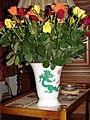 Meissner Vase und Rosen 00126.JPG
