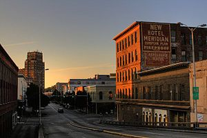 Historic districts in Meridian, Mississippi - Looking from the 22nd Avenue Bridge into Downtown Meridian