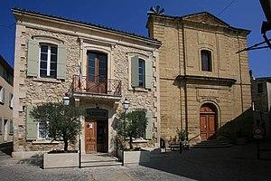 Mérindol - Town hall and church