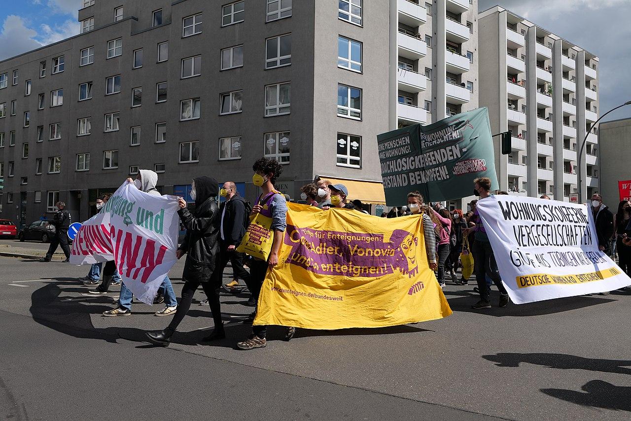 Mietenwahnsinn demonstration Berlin 2021-05-23 102.jpg