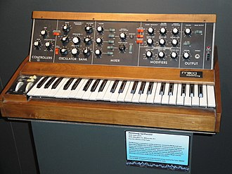 Polyphony and monophony in instruments - Image: Minimoog (Buffalo Museum of Science)