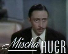 Mischa Auer a Sweethearts (1938)