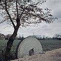 Molensteen van Wittebrinksemolen, rechtop gezet - Velswijk - 20367687 - RCE.jpg