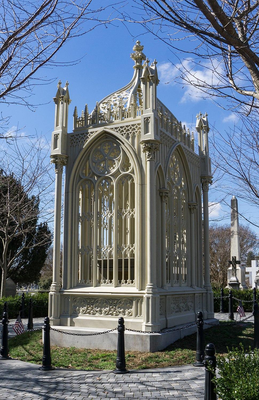 Monroe Tomb 02