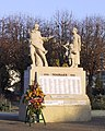 Monument aux morts de la ville de Houilles.jpg
