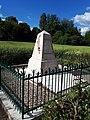 Monument des Fusillés à Nouvron-Vingré (Aisne) 3.jpg