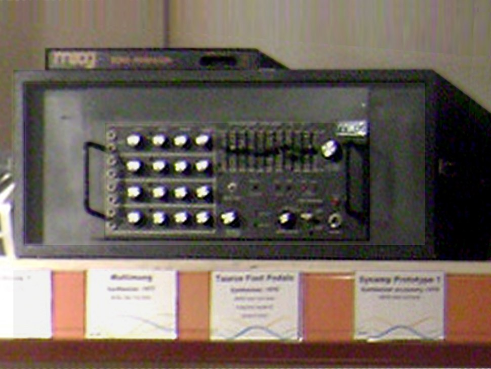 Moog Song Producer (1983, SN 1366, MIDI & CV-Gate interface for Commodore 64) on Lab Series SynAmp prototype (1978, SN E0471), at Cantos Music Foundation in 2009