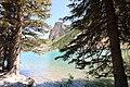 Moraine Lake Alberta Canada (19255400569).jpg