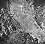 Muir Glacier, tidewater glacier terminus with lots of icebergs in water, August 24, 1963 (GLACIERS 5676).jpg