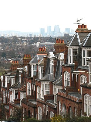 Muswell Hill - View looking south east towards Canary Wharf