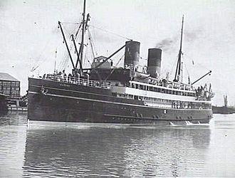 HMS Nairana (1917) - Image: Nairana (AWM 303672)