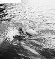Nederlands Kampioenschappen zwemmen in Breda Johan Bontekoe in het water, Bestanddeelnr 912-7832.jpg