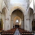 Nef de l'église Sainte-Trinité de Falaise (3).jpg