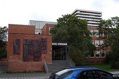 Neues Gymnasium Nuernberg.jpg