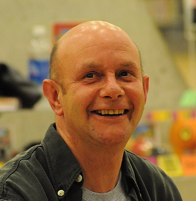 Picture of an author: Nick Hornby