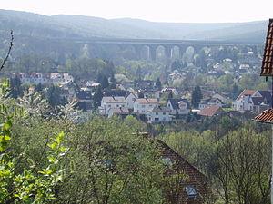 Niedernhausen - View over Niedernhausen with the Theiß valley bridge