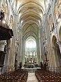 Noyon (60), cathédrale Notre-Dame, nef, vue vers l'est 7.jpg