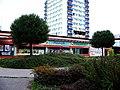 Obchodní areál Počernická 81, potraviny, věžák čp. 511.jpg