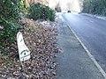 Old Milepost - geograph.org.uk - 1238707.jpg