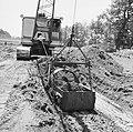 Ontginning, grondbewerking, egaliseren, bezanden, draglines, waterregge, Bestanddeelnr 159-0423.jpg