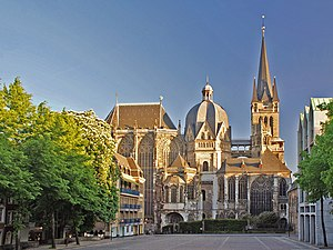 Aachen – Kaiserpfalz und Dom – Staatspolitisches Handbuch im Netz