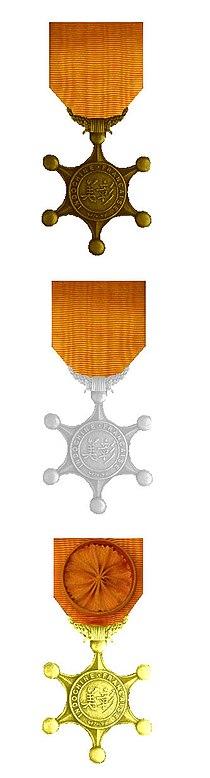 Ordre du Mérite Indochinois 3 classes 1900.jpg