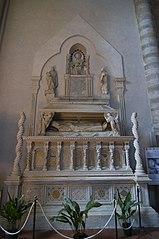mausoleo del cardenal De Braye