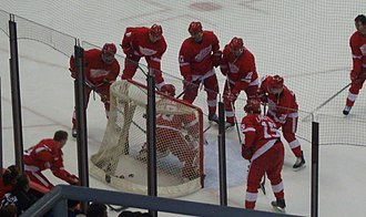 Chris Osgood - Osgood and the Red Wings perform a drill in practice before a game against the Los Angeles Kings on March 9, 2007.